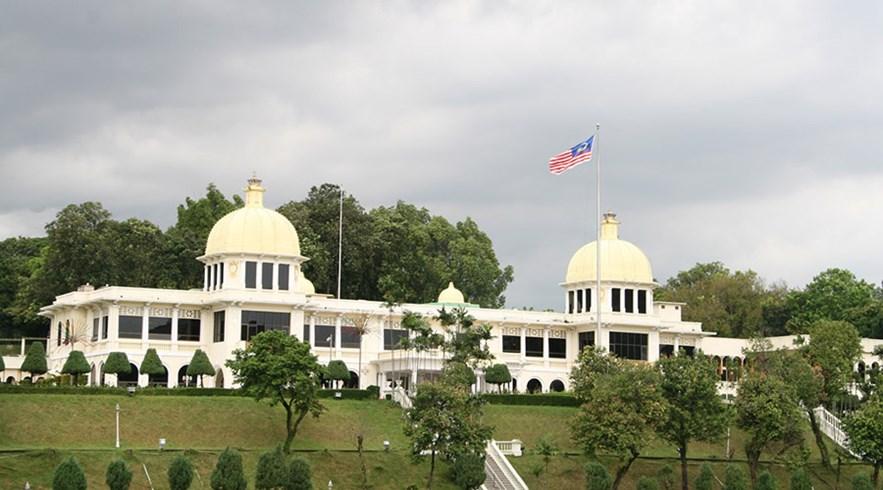 Jalan Istana